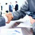 Cómo negociar con proveedores en tu negocio de hostelería o comercio